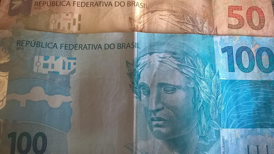 bankovky Brazílie