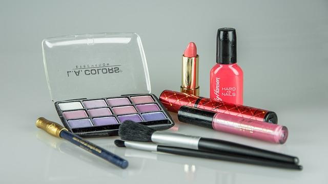 šminky a stíny
